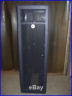 Dell 08P157 42U Poweredge Server Rack with Keys
